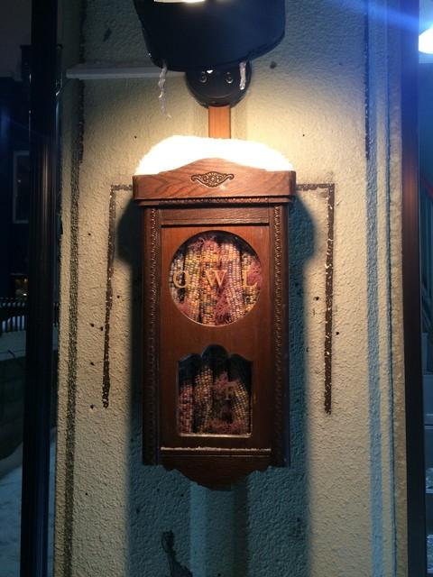 日本酒バル owl - ビルについてる看板