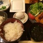 Nihonkai - 串カツとイカフライ定食(¥650円)
