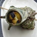 江の島 貝作 - 一個800円のサザエの壺焼き