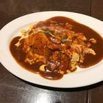 リブハウス オーシャンハウス - 比内地鶏のオムライス(980円)