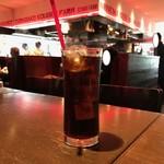 リブハウス オーシャンハウス - 飲み物はコーラを選択