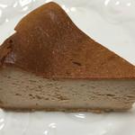 61809614 - スパイス ベイクドチーズケーキ600円