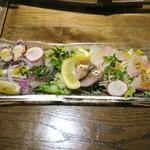 Setouchi Kitchen - 瀬戸内直送、活〆鮮魚のカルパッチョハーフ850円+税