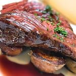 ルポ - 肉厚も有りボリューム満点 下にひかれたポテトも美味しい!