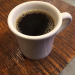61827385 - インドネシアのマンデリンのハンドドリップコーヒー。                       税込380円。                       美味し。