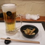 唐草屋 - 料理写真:パーフェクト黒ラベル(520円)とお通し(350円)