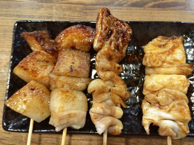 もつ焼き酒場 豚坊 - あぶらとてっぽう あぶらは最高に美味しい!!