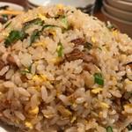 神田餃子屋 - 大盛炒飯