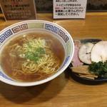 61834490 - 正油ラーメン 細麺