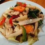 パッポンキッチン - イベリコ豚といろいろ野菜のホーリーバジル炒め やさしい味の野菜炒めw