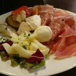 ラ ポルタブルー - 自家製前菜の盛り合わせ(7種)