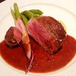 レストラン タイラ - 熊本赤牛の熟成肉、赤身ステーキ