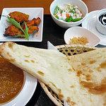 インド亭 - タンドリーチキンセット(キーマカレー)