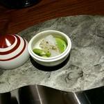 KISSHO KICHIJOJI - イカと空豆