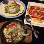 時間無制限食べ飲み放題 和奏 - ジェノベーゼピザとたっぷりキノコのスパニッシュ風オムレツと若鶏のアヒージョ