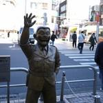 吉田パン - 亀有北口 地味な方の両さん像側真っ直ぐ数分!