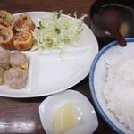 一芳亭 - 春巻定食