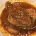 ヒマラヤン - 【2016年12月】ランチのBセット(チキンカリー)のチキンは一口サイズ。