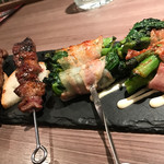 エボシ - 料理写真:猪串、菜の花の肉巻き串