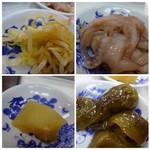 天ぷらのひらお - 席により置いている品が少し違うようですが、私の近くには 「イカの塩辛」「大根の煮物」「茄子のピリ辛煮」「もやしナムル風」などが置かれていました。