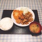 61855580 - 豚生姜焼きと組み合わせ定食(720円)チキンカツと唐揚げを選択【平成29年1月26日撮影】