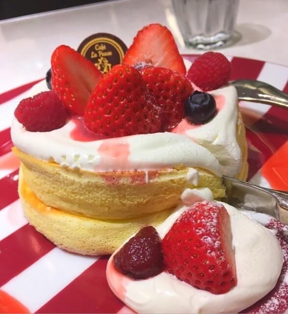 カフェ ラ・ポーズ ルクア大阪店