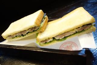 大新西入ル青魚 - 2016年11月 しめサンマのサンドイッチ【620円】2回目でも印象変わらず美味しかったです♪この日は前より山葵が強めだったかな~