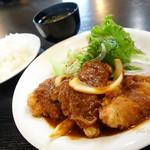 オレンジヒル - 2016年11月 チキンカツ定食【850円】