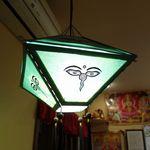 インド料理 マナカマナ - ライトが使われ、雰囲気も中々Good!です。