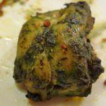 インド料理 マナカマナ - もう一つのチキンメニューは、ニンニクの風味が香るパンチの効いたウマさでした。