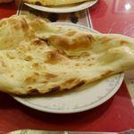 インド料理 マナカマナ - その後は、熱々のナンに加えて