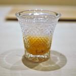 紀尾井町 三谷 - 厚岸雲丹のハマグリ出汁浸し