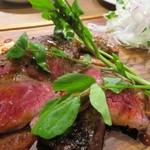 ベルサイユの豚 - 牛イチボのステーキ