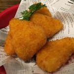 炭焼きイタリアン酒場 炭リッチ - クリームチーズフライ