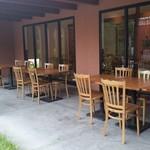 お食事処 極楽亭 - お食事処 極楽亭のテラス席