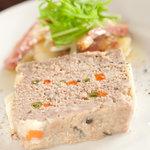 cafe ACHE pa'ti - フランス風パテと鴨ハムとジャガイモと水菜の柚子胡椒マリネ