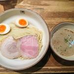 麺や輝 - 味玉つけ麺 880円