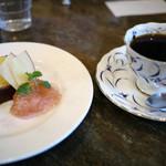 コーヒーハウス マキ - パウンドケーキ紅玉りんごジャム添え&珈琲~☆