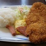 軽食の店 ルビー - Cランチ(570円)