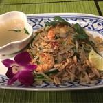 Dee アジアン食材・キッチン - パッタイ(950円) 私好みのパッタイに出会えました。