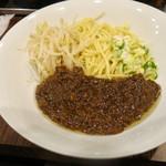 爽爽 - 肉みそあんかけ麺(700円)