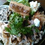 61887513 - 2017.1マンスリーランチ・鶏肉飯
