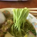みぶのおばちゃんち - 綺麗な緑色の麺
