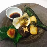 ロージア - 1/29 本日のオススメ 国産岩牡蠣と網焼き野菜の盛り合わせ