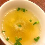61894813 - 海南フライドチキンライス大(1100円)についてくるスープ