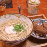 61897991 - 本ソーキそば(中) 中細麺 ¥650