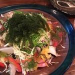 三線の花 - 海鮮サラダ