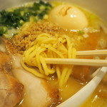 鶏の穴 - 麺アップ