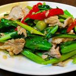 カナー菜と豚肉炒め (パッ・パック・カナー・ムー)