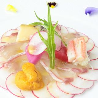 厳選した食材のみを使ったフランス料理と日本料理の融合